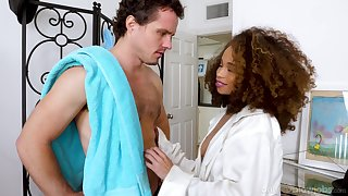 Ebony hottie Cecilia Lion gets essentially her knees on every side swell up dick