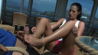 Kortney Kane gives a footjob and gets cum in mouth on a yacht